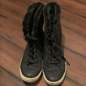 Ugg size ten women shoes